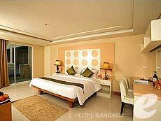 バンコク スワンナプーム空港周辺のホテル : コンビニエント グランド ホテル(Convenient Grand Hotel)のお部屋「デラックス(ツイン/ダブル)」