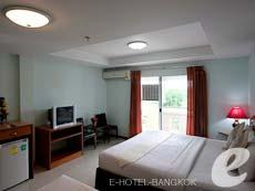 バンコク スワンナプーム空港周辺のホテル : コンビニエント リゾート バンコク(Convenient Resort Bangkok)のお部屋「デラックスツイン」