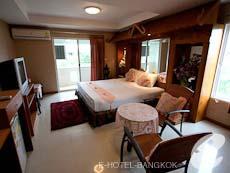 バンコク スワンナプーム空港周辺のホテル : コンビニエント リゾート バンコク(Convenient Resort Bangkok)のお部屋「デラックス コーナービュー シングル」