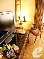 バンコク カップル&ハネムーンのホテル : クラウン プラザ バンコク ルンピニ パーク(Crowne Plaza Bangkok Lumpini Park)のスーペリアルームの設備 Room Facilities