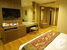 バンコク シーロム・サトーン周辺のホテル : ディー ヴァリー ディバ バリー シーロム(D Varee Diva Bally Silom)のお部屋「デラックス」
