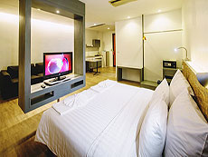 プーケット プーケットタウンのホテル : ダラ ホテル(1)のお部屋「ジュニア スイート」