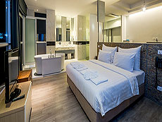 プーケット プーケットタウンのホテル : ダラ ホテル(1)のお部屋「ハネムーン スイート」