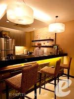 バンコク インターネット接続(無料)のホテル : デ アーニー バンコク 「Restaurant」