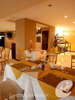 Restaurant / De Arni Bangkok, พำนักระยะยาว