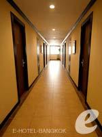 バンコク インターネット接続(無料)のホテル : デ アーニー バンコク 「Corridor」