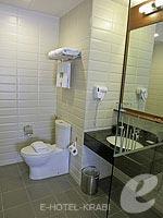 クラビ 10,000~20,000円のホテル : ディーヴァナ プラザ クラビ(Deevana Plaza Krabi)のデラックス ルームルームの設備 Bath Room
