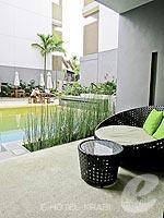 クラビ 10,000~20,000円のホテル : ディーヴァナ プラザ クラビ(Deevana Plaza Krabi)のプレミア プールアクセスルームの設備 Terrace