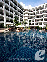 Swimming Pool : Deevana Plaza Phuket, Patong Beach, Phuket