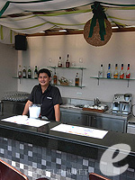 Poolside Bar : Deevana Plaza Phuket, Connecting Rooms, Phuket
