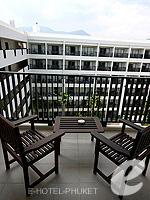 プーケット 10,000~20,000円のホテル : ディーヴァナ プラザ プーケット(Deevana Plaza Phuket)のデラックス シティー ビュールームの設備 Balcony