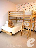プーケット 10,000~20,000円のホテル : ディーヴァナ プラザ プーケット(Deevana Plaza Phuket)のプレミア プール ビュールームの設備 Bedroom