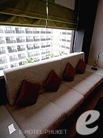 プーケット 10,000~20,000円のホテル : ディーヴァナ プラザ プーケット(Deevana Plaza Phuket)のファミリールームの設備 Living Room