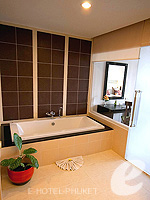 プーケット 10,000~20,000円のホテル : ディーヴァナ プラザ プーケット(Deevana Plaza Phuket)のファミリールームの設備 Bath Room