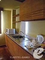 サムイ島 チョンモーンビーチのホテル : デヴァ サムイ リゾート & スパ(Deva Beach Resort & Spa)のグランド デラックス プール アクセスルームの設備 Bathroom