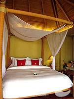 サムイ島 チョンモーンビーチのホテル : デヴァ サムイ リゾート & スパ(Deva Beach Resort & Spa)のグランド プールヴィラルームの設備 Bedroom