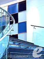 Stairs to Restaurant : Dream Hotel Bangkok, Sukhumvit, Phuket