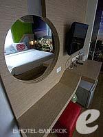 バンコク ファミリー&グループのホテル : DS67 スイーツ バンコク(DS67 Suites Bangkok)のデラックスルームの設備 Closet