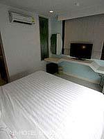 バンコク ファミリー&グループのホテル : DS67 スイーツ バンコク(DS67 Suites Bangkok)のスーペリアルームの設備 Bedroom