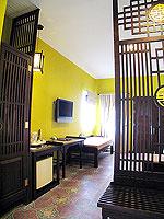 プーケット 5,000円以下のホテル : ドゥアンジット リゾート&スパ(Duangjitt Resort & Spa)のデラックスバンガロー(ツイン/ダブル)ルームの設備 Balcony