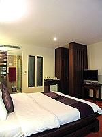 プーケット 5,000円以下のホテル : ドゥアンジット リゾート&スパ(Duangjitt Resort & Spa)のヴィラ(シングル)ルームの設備 Bedroom