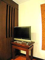 プーケット 5,000円以下のホテル : ドゥアンジット リゾート&スパ(Duangjitt Resort & Spa)のヴィラ(シングル)ルームの設備 Desk