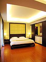 プーケット 5,000円以下のホテル : ドゥアンジット リゾート&スパ(Duangjitt Resort & Spa)のジュニア スイート(シングル)ルームの設備 Bedroom