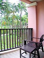 プーケット 5,000円以下のホテル : ドゥアンジット リゾート&スパ(Duangjitt Resort & Spa)のジュニア スイート(ツイン/ダブル)ルームの設備 Balcony