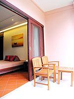 プーケット 5,000円以下のホテル : ドゥアンジット リゾート&スパ(Duangjitt Resort & Spa)の ファミリー スイートルームの設備 Balcony