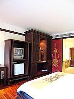 プーケット 5,000円以下のホテル : ドゥアンジット リゾート&スパ(Duangjitt Resort & Spa)のグランド デラックスルームの設備 Bedroom