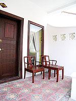 プーケット 5,000円以下のホテル : ドゥアンジット リゾート&スパ(Duangjitt Resort & Spa)のデラックス バンガロー(シングル)ルームの設備 Terrace