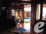 サムイ島 タオ島のホテル : ドゥシットブンチャ リゾート(Dusit Buncha Resort)のデラックス ヴィラ ロマンティック シーサイドルームの設備 Balcony