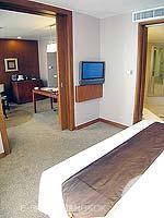 バンコク シーロム・サトーン周辺のホテル : デュシット タニ バンコク(Dusit Thani Bangkok)のデュシット グランドルームの設備 Bedroom