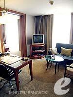 バンコク シーロム・サトーン周辺のホテル : デュシット タニ バンコク(Dusit Thani Bangkok)のデュシット グランドルームの設備 Living Area