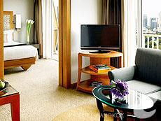 バンコク シーロム・サトーン周辺のホテル : デュシット タニ バンコク(Dusit Thani Bangkok)のお部屋「デュシット グランド」
