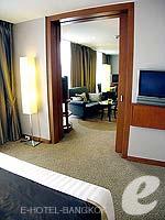 バンコク シーロム・サトーン周辺のホテル : デュシット タニ バンコク(Dusit Thani Bangkok)のクラブ エグゼクティブ スイートルームの設備 Bedroom