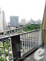 バンコク シーロム・サトーン周辺のホテル : デュシット タニ バンコク(Dusit Thani Bangkok)のクラブ エグゼクティブ スイートルームの設備 Balcony