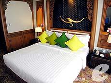 バンコク シーロム・サトーン周辺のホテル : デュシット タニ バンコク(Dusit Thani Bangkok)のお部屋「タイ ヘリテイジ スイート」