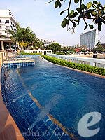 Jacuzzi : Dusit Thani Pattaya, USD 100 to 200, Phuket
