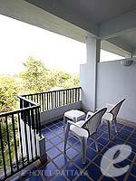 パタヤ ノースパタヤのホテル : デュシット タニ パタヤ(Dusit Thani Pattaya)のデラックス シービュールームの設備 Balcony