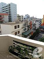 パタヤ サウスパタヤのホテル : サンビーム ホテル パタヤ(Sunbeam Hotel Pattaya)のスーペリア (シングル)ルームの設備 Balcony