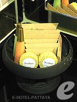 パタヤ サウスパタヤのホテル : サンビーム ホテル パタヤ(Sunbeam Hotel Pattaya)のスーペリア (シングル)ルームの設備 Bath Amenities