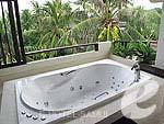 サムイ島 5,000円以下のホテル : エヴァーグリーン リゾート(Evergreen Resort)のジュニア スイートルームの設備 Outdoor Jacuzzi