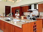プーケット ファミリー&グループのホテル : ファー サイ(Fah Sai)の5ベッドルームルームの設備 Kitchen