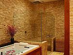 プーケット ファミリー&グループのホテル : ファー サイ(Fah Sai)の5ベッドルームルームの設備 Bath Room