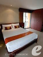 バンコク スワンナプーム空港周辺のホテル : フローラル シャイア リゾート(Floral Shire Resort)のスーペリア ダブル/ツイン ウィズアウト ブレックファーストルームの設備 Bedroom