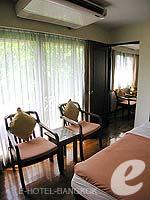 バンコク シーロム・サトーン周辺のホテル : フォー ユー レジデンス(For You Residence)のスタンダード(シングル)ルームの設備 Bedroom