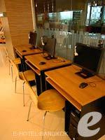 バンコク フィットネスありのホテル : グロウ トリニティ シーロム バンコク 「Internet Service」