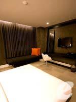バンコク シーロム・サトーン周辺のホテル : グロウ トリニティ シーロム バンコク(Glow Trinity Silom Bangkok)のスーペリアルームの設備 Bedroom