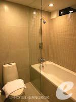 バンコク シーロム・サトーン周辺のホテル : グロウ トリニティ シーロム バンコク(Glow Trinity Silom Bangkok)のエグゼクティブ スイートルームの設備 Bath Room